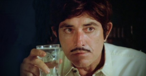 Amazing stylish bollywood superstars raaj kumar famous dialogues