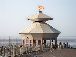 Stambheshwar Mahadev/></p><p>This temple is dedicated to Lord Shiva which is located in Vadorara, Gujarat. The one that makes it observeable from other temples in India that one can only visit it during low tide. It dissolves in the sea when there is high tide and reappears again when the water level comes down.</p></div><div class=