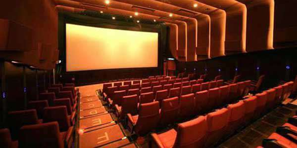 Why Single Screen Theatres Are Better Than Multiplexes