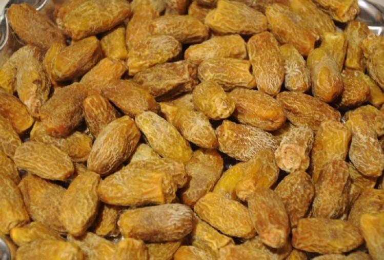 छुहारा खाने के फायदे और नुकसान Chuhara Khane Ke Fayde or Nuksan in Hindi