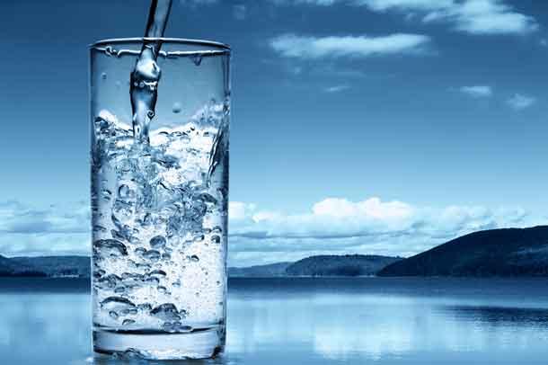 पानी पीने के फायदे और नुकसान Water Peene Ke Fayde or Nuksan