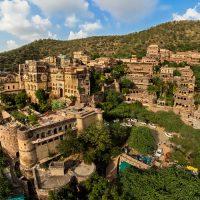 नीमराना किले के बारे में About Neemrana Fort in Hindi