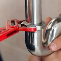 What are the Ultimate Benefits of Choosing Professional Plumbers
