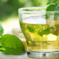 हरी चाय पीने के फायदे और नुकसान Green Tea Pine Ke Fayde or Nuksan in Hindi