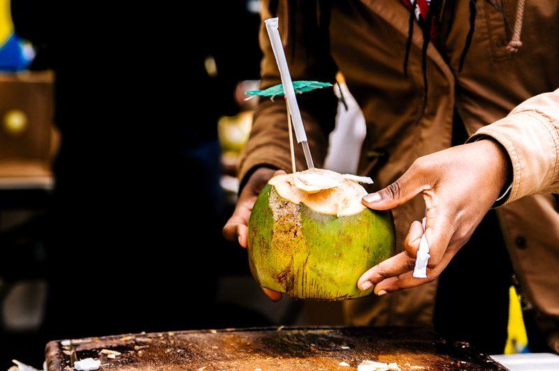 नारियल पानी के फायदे और नुकसान Nariyal Pani Ke Fayde or Nuksan in Hindi